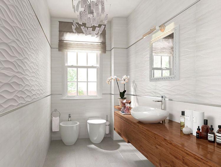 schmales Bad in Hellgrau wirkt gemütlich Badezimmer - badezimmer ideen für kleine bäder
