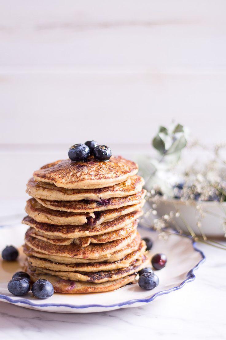 Gesunde Blaubeerhirsepfannkuchen   - Blogger - Backrezepte -