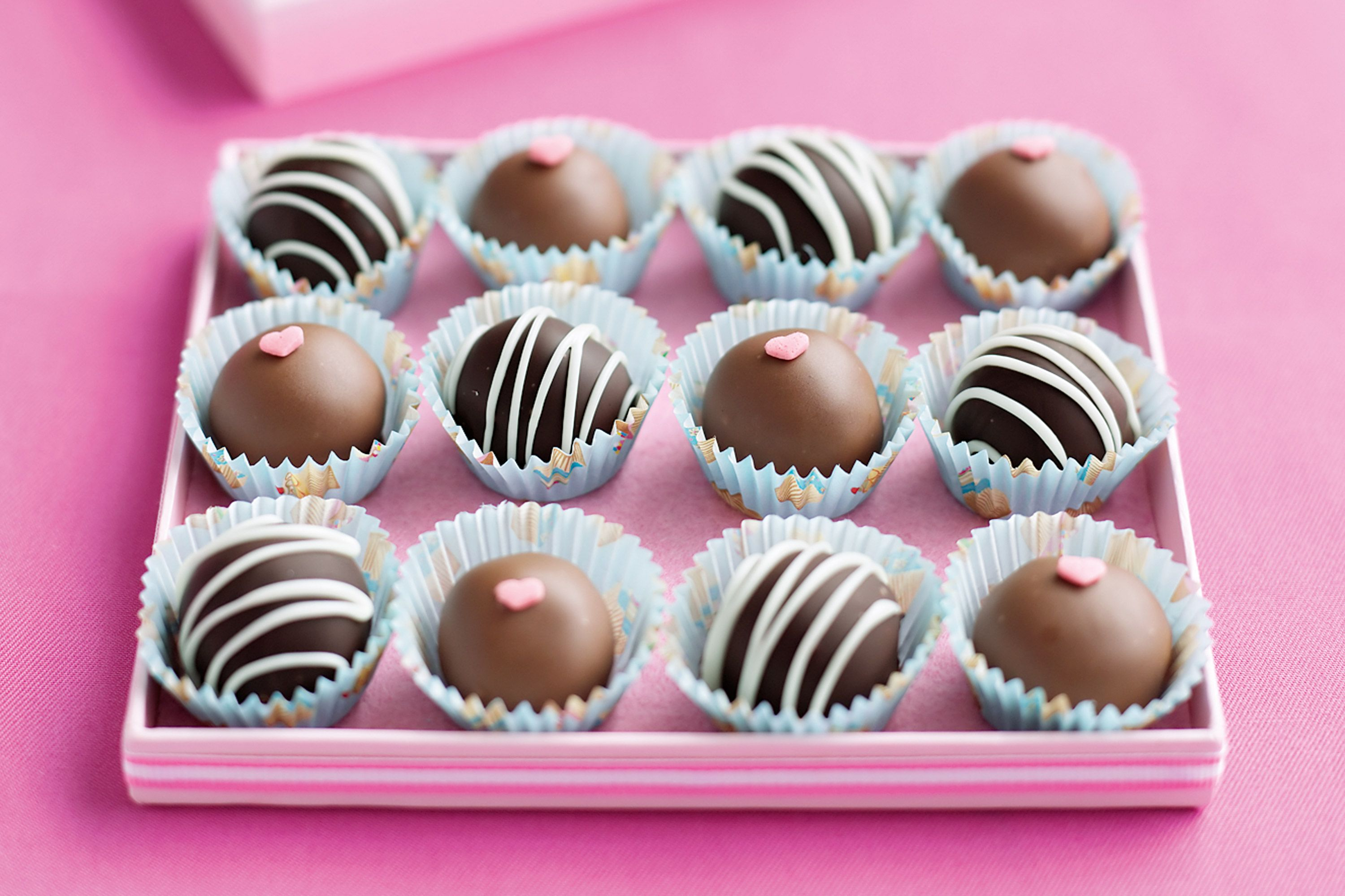 The Bride S Diary Diy Valentine Truffles All Sweets Pinterest