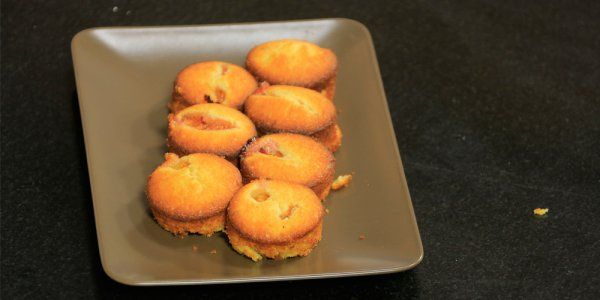 Cbc Sofra طريقة تحضير كب كيك تين وليمون وسام مسعود Recipe Recipes Food Breakfast