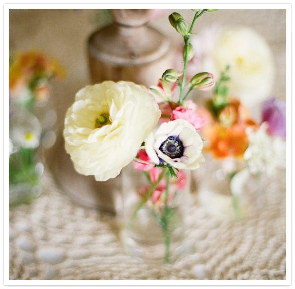 white ranunculus and anemone wedding flower