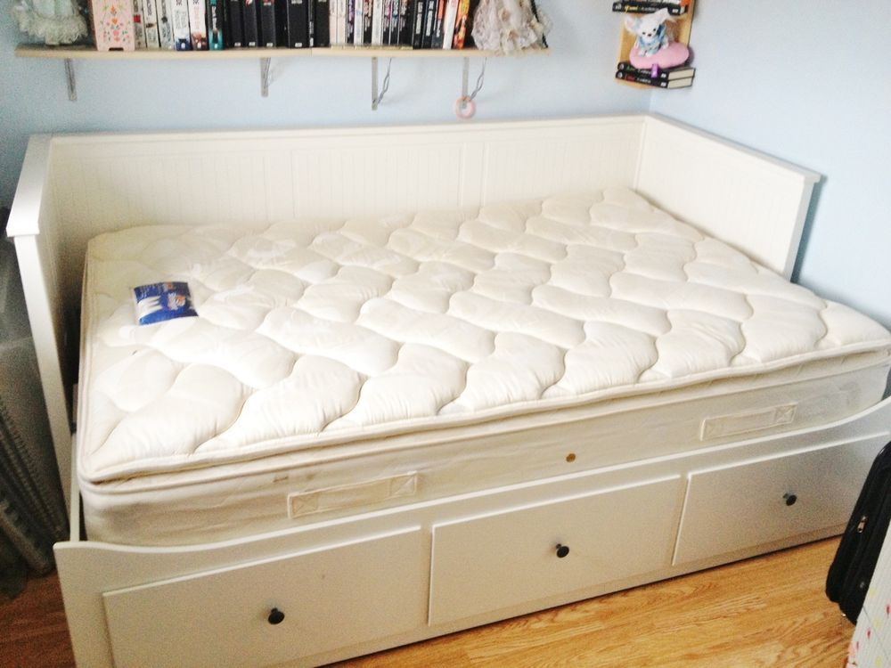 White Ikea Hemnes Day Bed Amp One Double Mattresses Hemnes