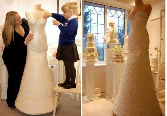 Bolo com o formato de uma noiva é possível! www.noivinhostopodebolo.com