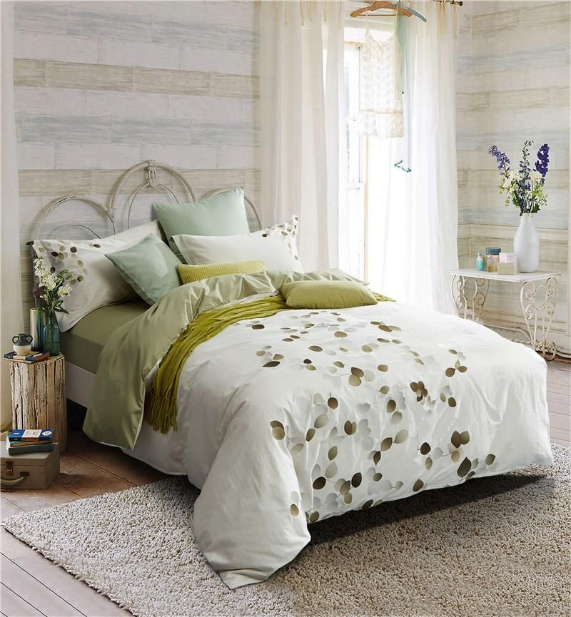 IvaRose 100Cotton White Embroidery Luxury Bedding Set (4