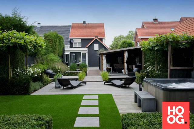 Moderne tuin met vijver garden garden garden design garden