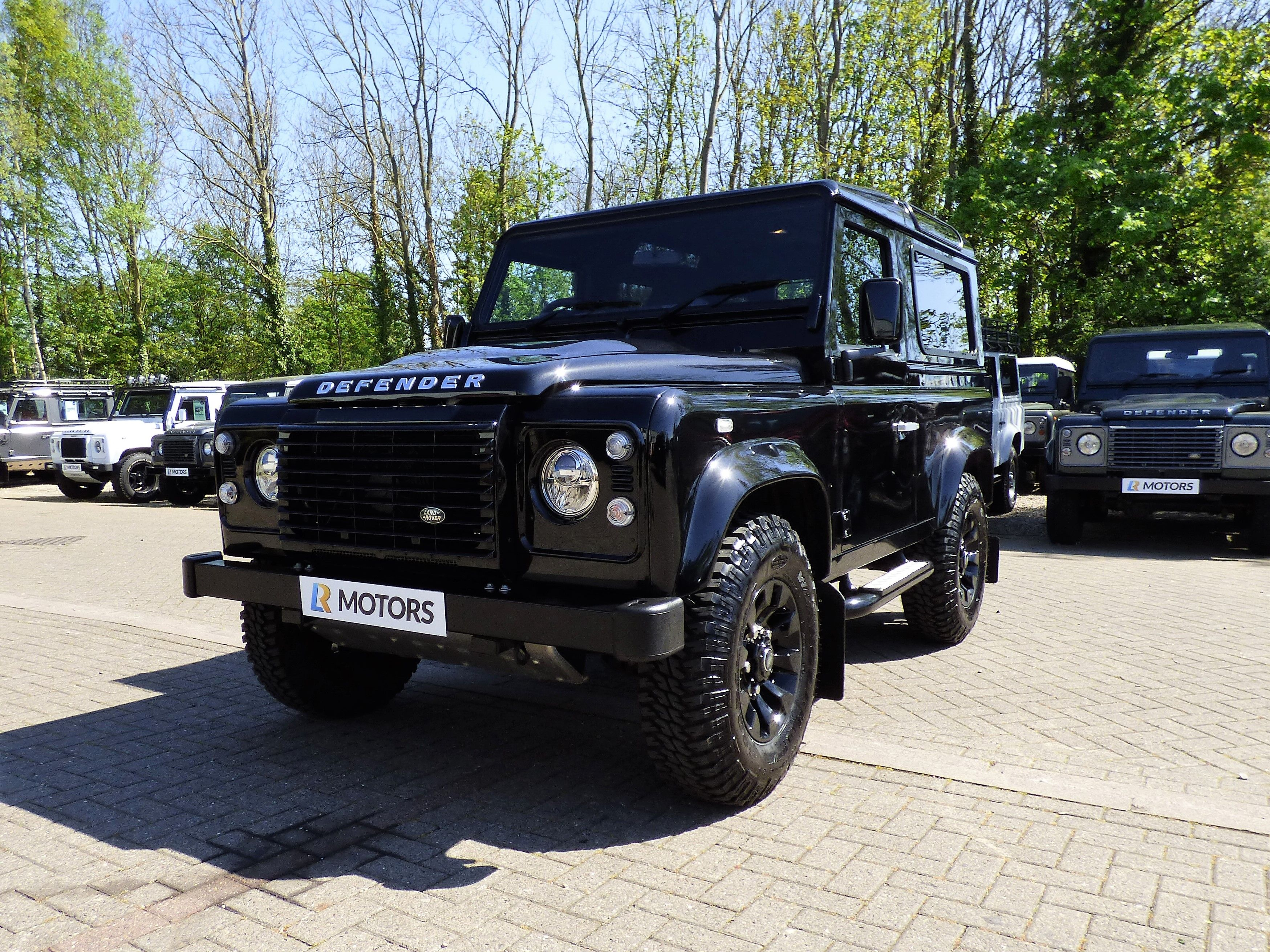 landrover land buyers rover buyer guide auto express s used defender