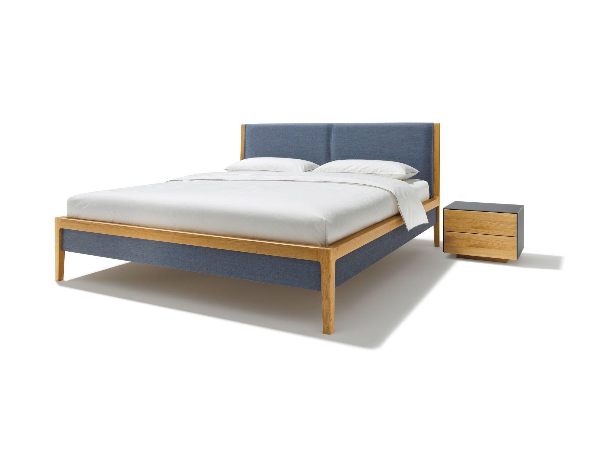 doppelbett holz und stoff kombiniert bei mobel morschett bett massivholz lattenrost doppelbett