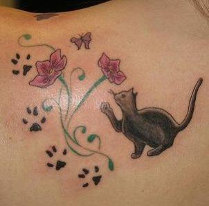 chat noir toucher fleurs tatouage tatouages chats pinterest tatouage chat tatouages et. Black Bedroom Furniture Sets. Home Design Ideas