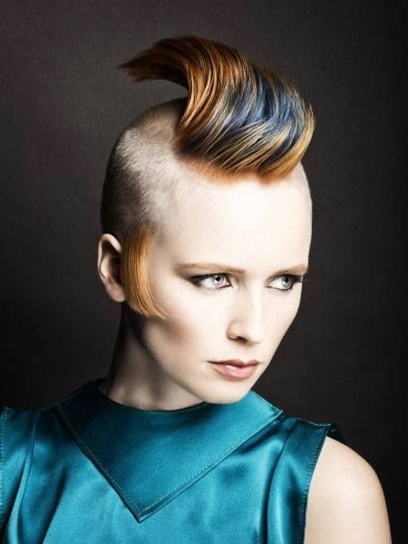 women shaved head fetish
