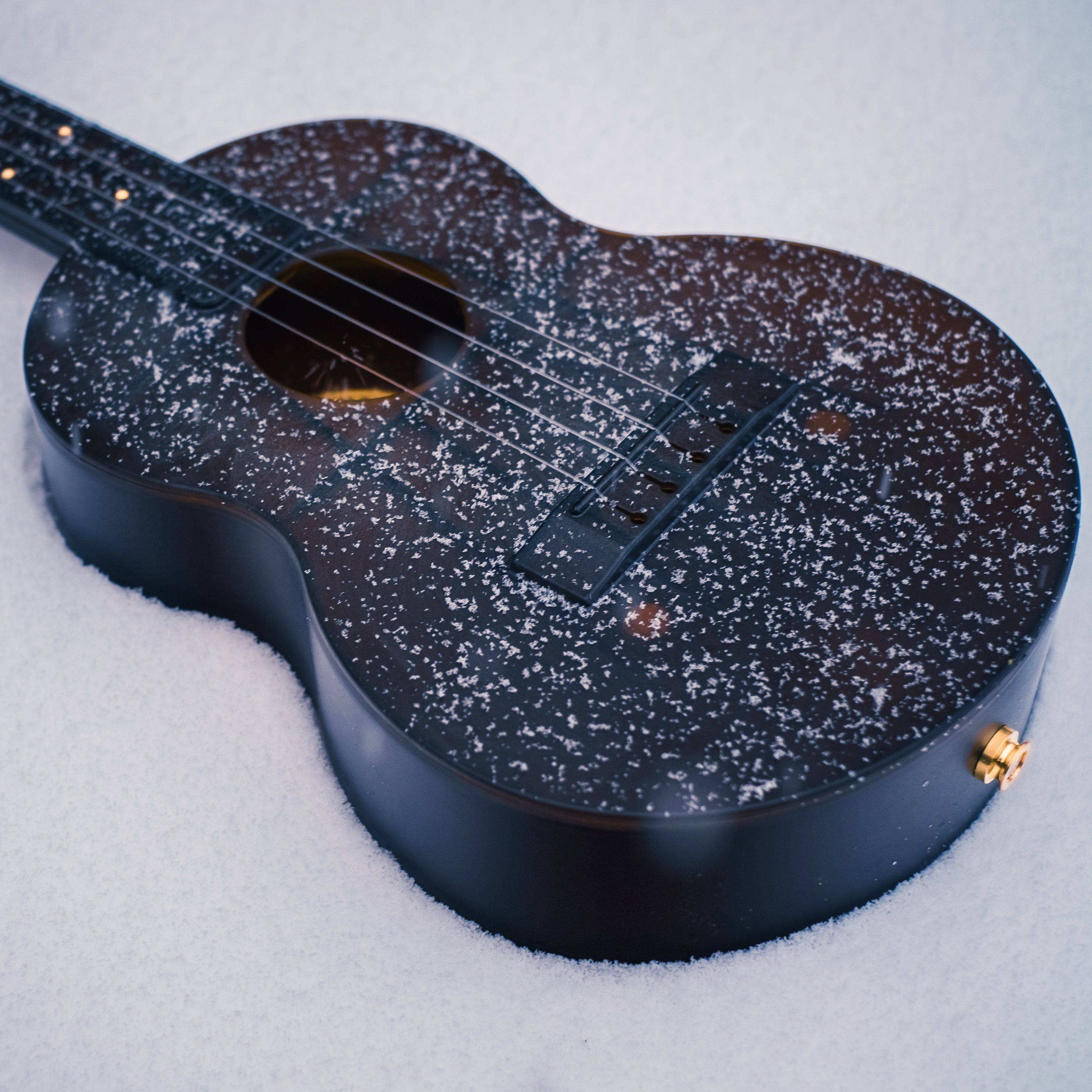 Outdoor Ukulele™ is a father-daughter manufacturer of composite polycarbonate instruments for extreme conditions. Made in the USA.  outdoorukulele.com