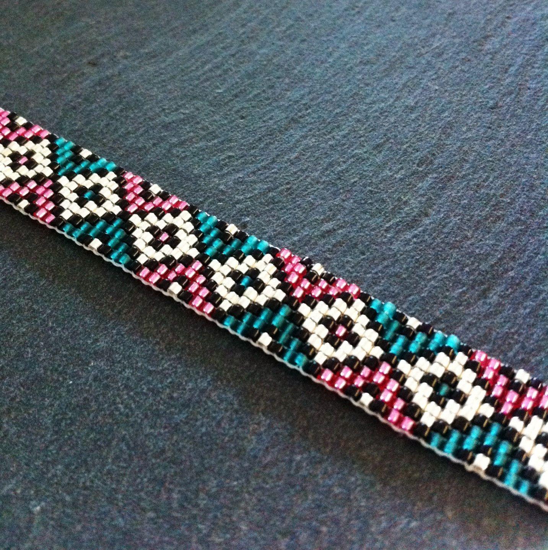 geometric cuff bracelet by tdfthedreamfactory on etsy - Perlen Weben Muster