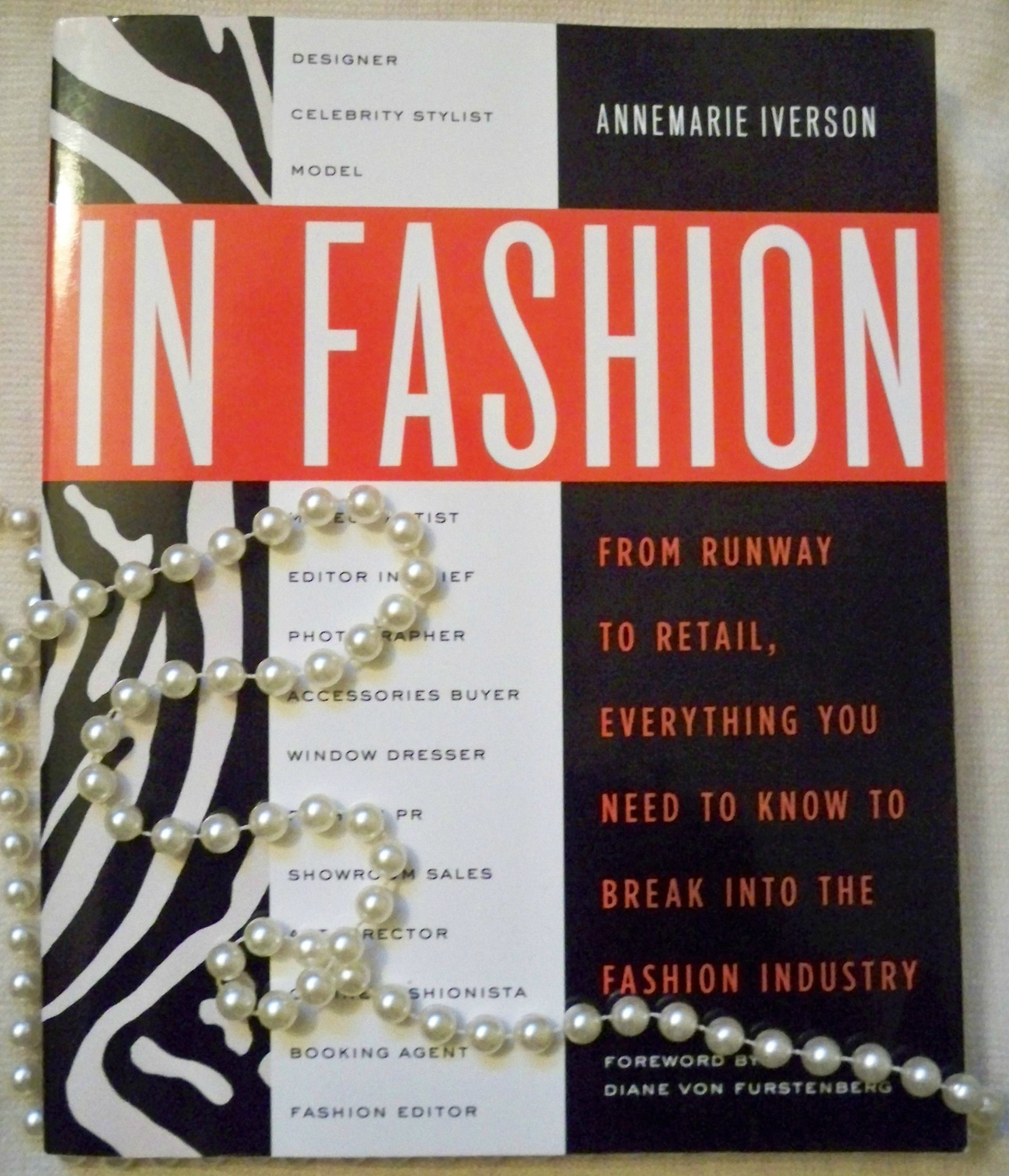 Recommended Reading For Aspiring Stylists Fashion Fashion Books Need To Know