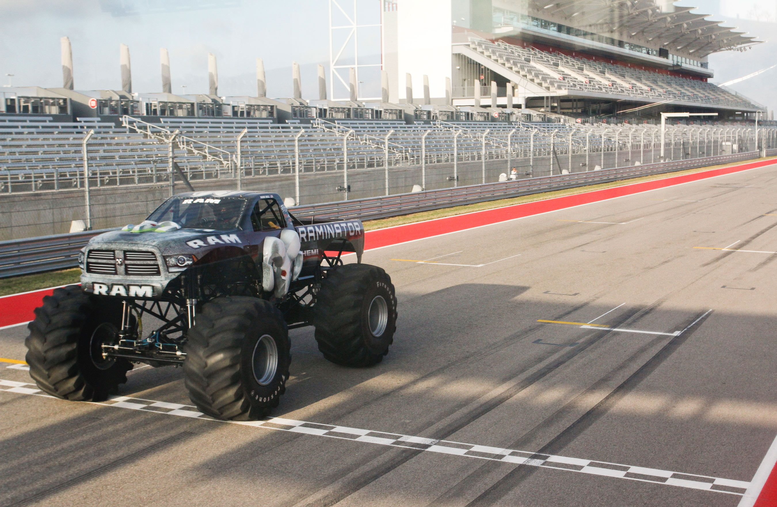 Raminator Monster Truck And Hall Brothers Racing Team Shatter
