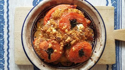 pomidory nadziewane amarantusem i kaszą bulgur
