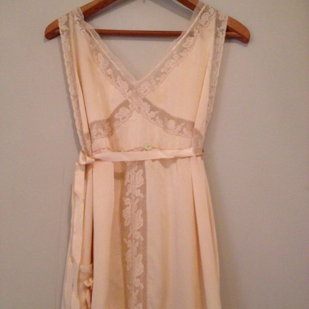 Vintage 1920s silk wedding dress