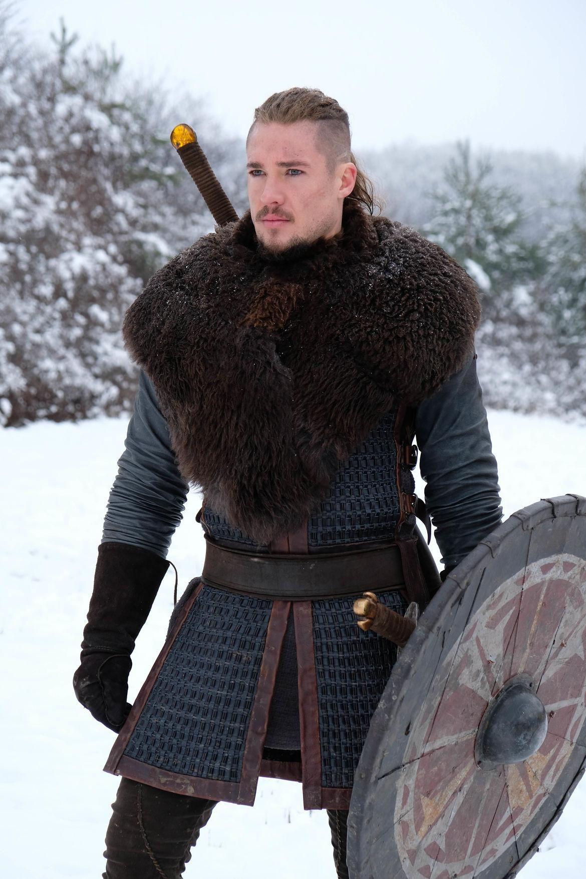 Alexander Dreymon As Uhtred The Last Kingdom The Last Kingdom