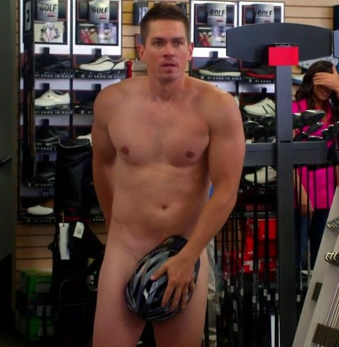 shirtless Steve howey