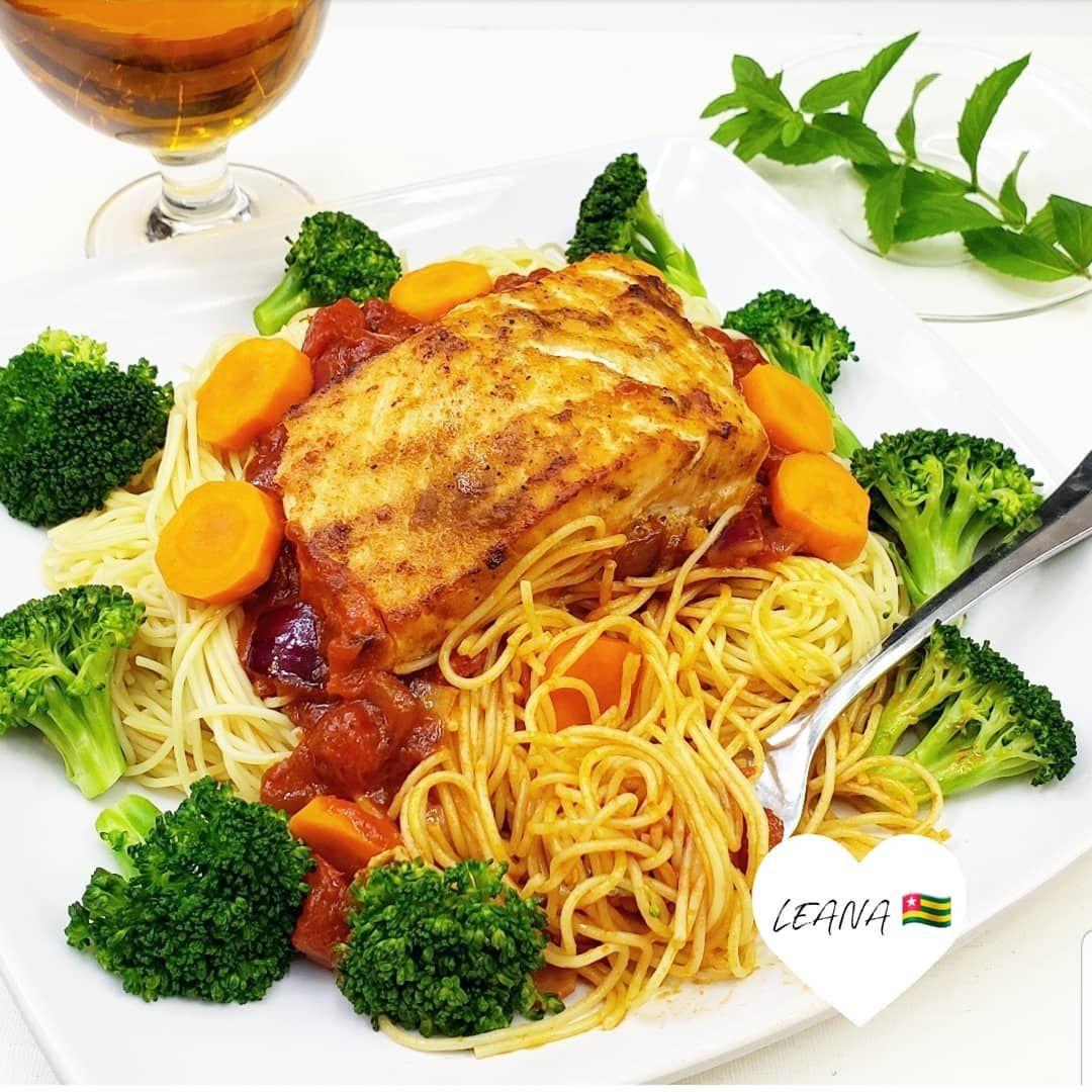 Spaghetti au saumon avec son nougbagba et ses legumes pour célebrer le vendredi.... -