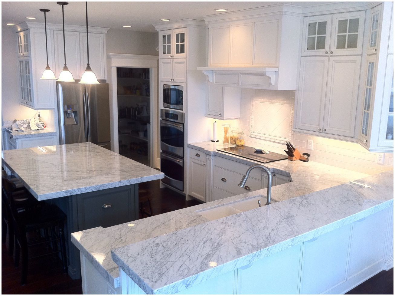 Pin By Erlangfahresi On Granite Countertops Colors Carrara Marble Kitchen White Kitchen Cabinets Kitchen Remodel Pictures