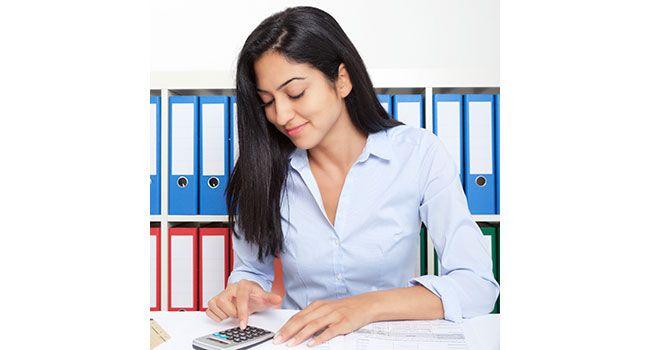 Are you Liking you job?   చేస్తున్న పని నచ్చితేనే అందులో రాణించడం సులువవుతుంది. అలా కాకుండా కేవలం సంపాదన కోసమే జాబ్ అనుకుంటే కెరీర్లో పైకి ఎదగలేరు. దీంతోపాటు మానసికంగానూ హాయిగా ఉండలేరు.. http://bit.ly/1q0bzb4    #CareerAdvice #Vasundharakutumbam #JobTips #CareerTips