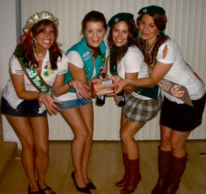 halloween group costume by gayla girl scout troop diy costume diygroupcostume creativecostume sexycostume sexygroupcostume
