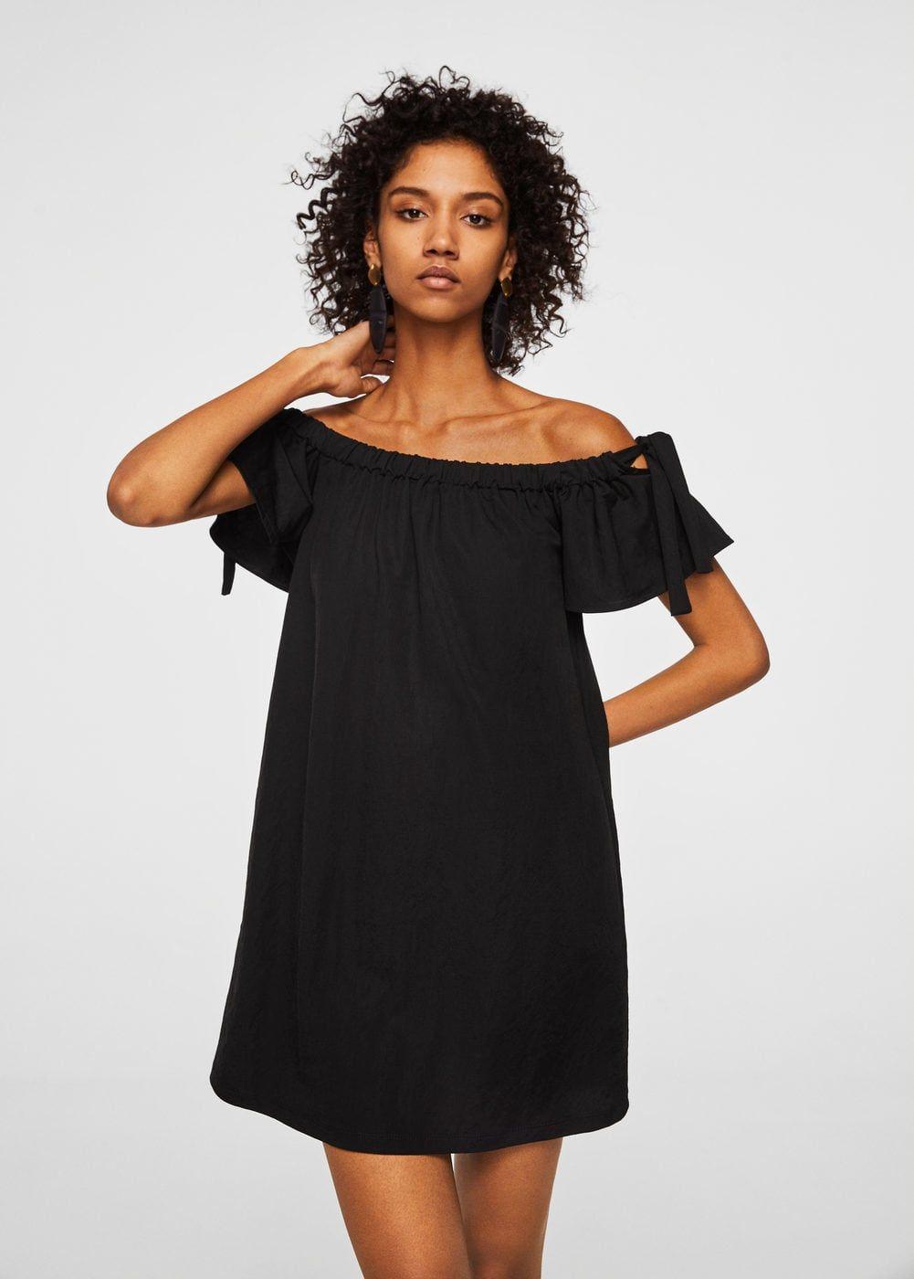 da2679fdfffc Straight design Flowy fabric Elastic shirring Short sleeve