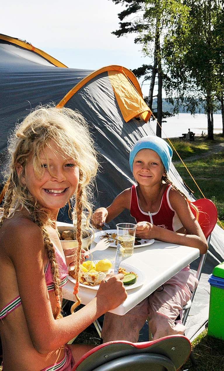 Camping and caravanning in Norway - YouTube
