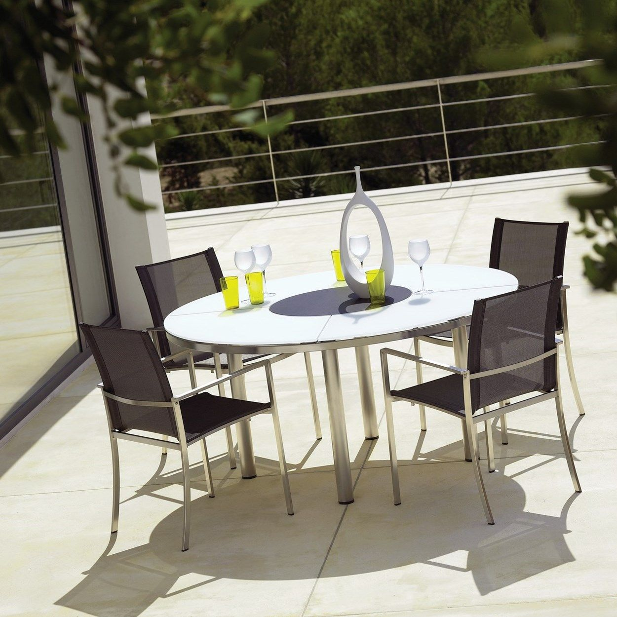 Breeze Carrara Marble Luxury Console Round Outdoor Dining Table