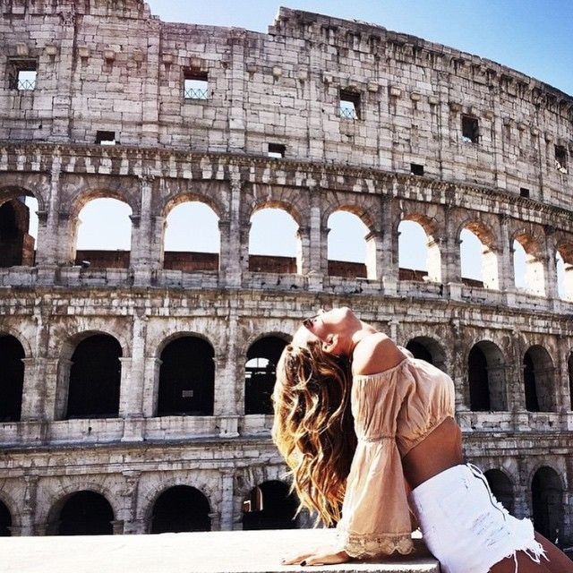goodnight from the colosseum  #bluelife