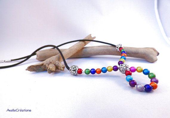 Collier court en perles de verre multicolores par Axellecreations