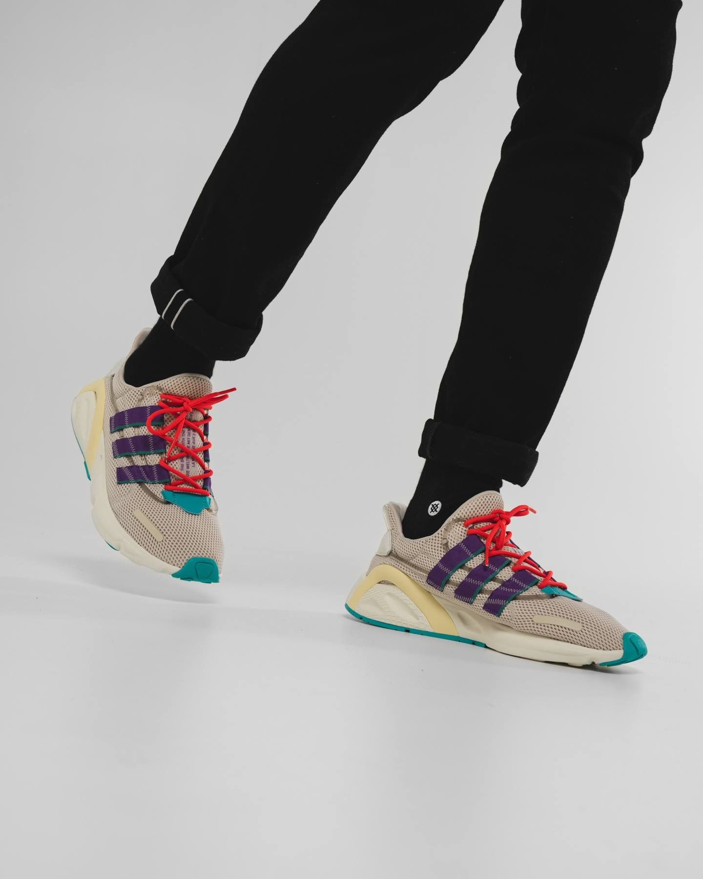 384a1bb1cd adidas Originals Lxcon | ШЕЛУХА in 2019 | Shoes, Sneakers, Adidas