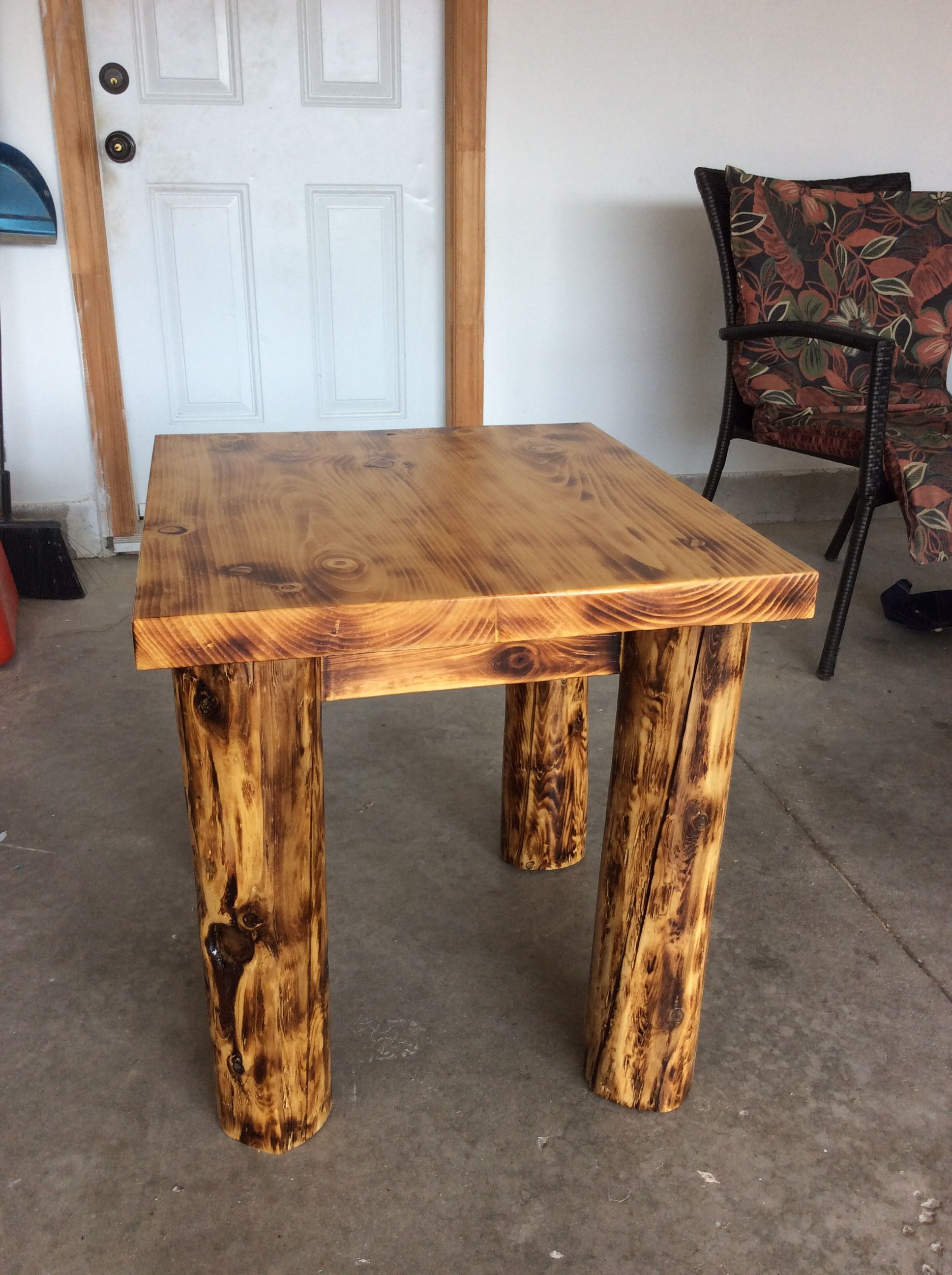 Burnt Cedar Post End Table Dining Table Coffee Table Table