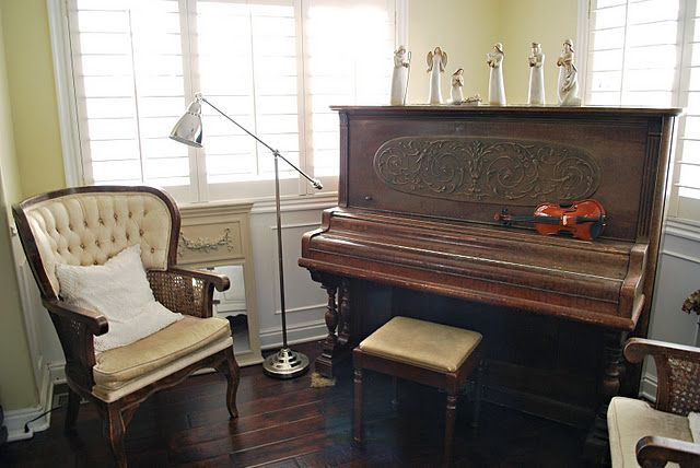 Antique Piano Old World Decorating House Tours Piano