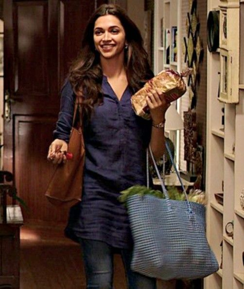 b2ea99f5f15 You Have To Check Out Deepika Padukone s Delhi-Girl Look In  Piku ...