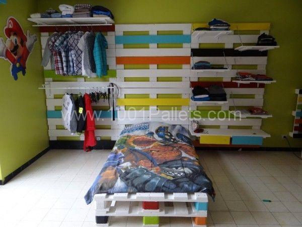 131 600x450 Chambre Enfant Complete En Palettes Pallets Kids Room In Pallet Bedroom Ideas With Bed