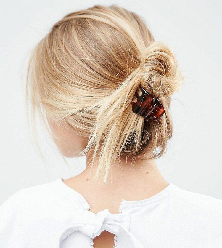 Frisur Mit Haarspange Viele Einfache Ideen Zum Haare Stylen In 2020 Haare Stylen Haar Styling Franzosische Frisuren