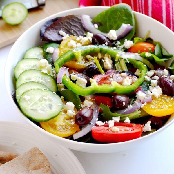 Greek Salad With Caramelized Onion Zoe S Kitchen Copycat