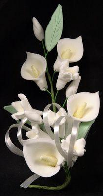 A Spray Of Calla Lily Gumpaste Flowers Calla Lily Sugar Flowers Tutorial Calla