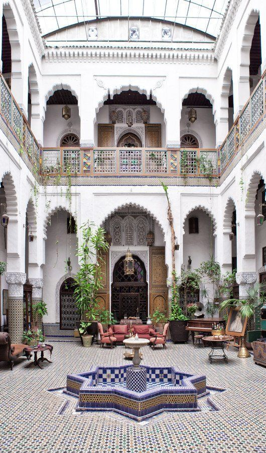 24 Magnificent Moroccan Riad Courtyards - SmithHön