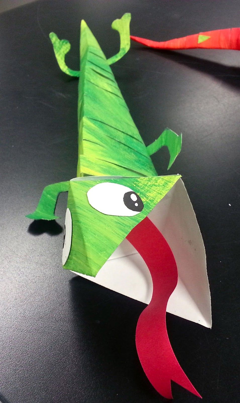 Art with ms gram chameleon paper sculptures 3rd 4th 5th for Crafts for 3rd graders