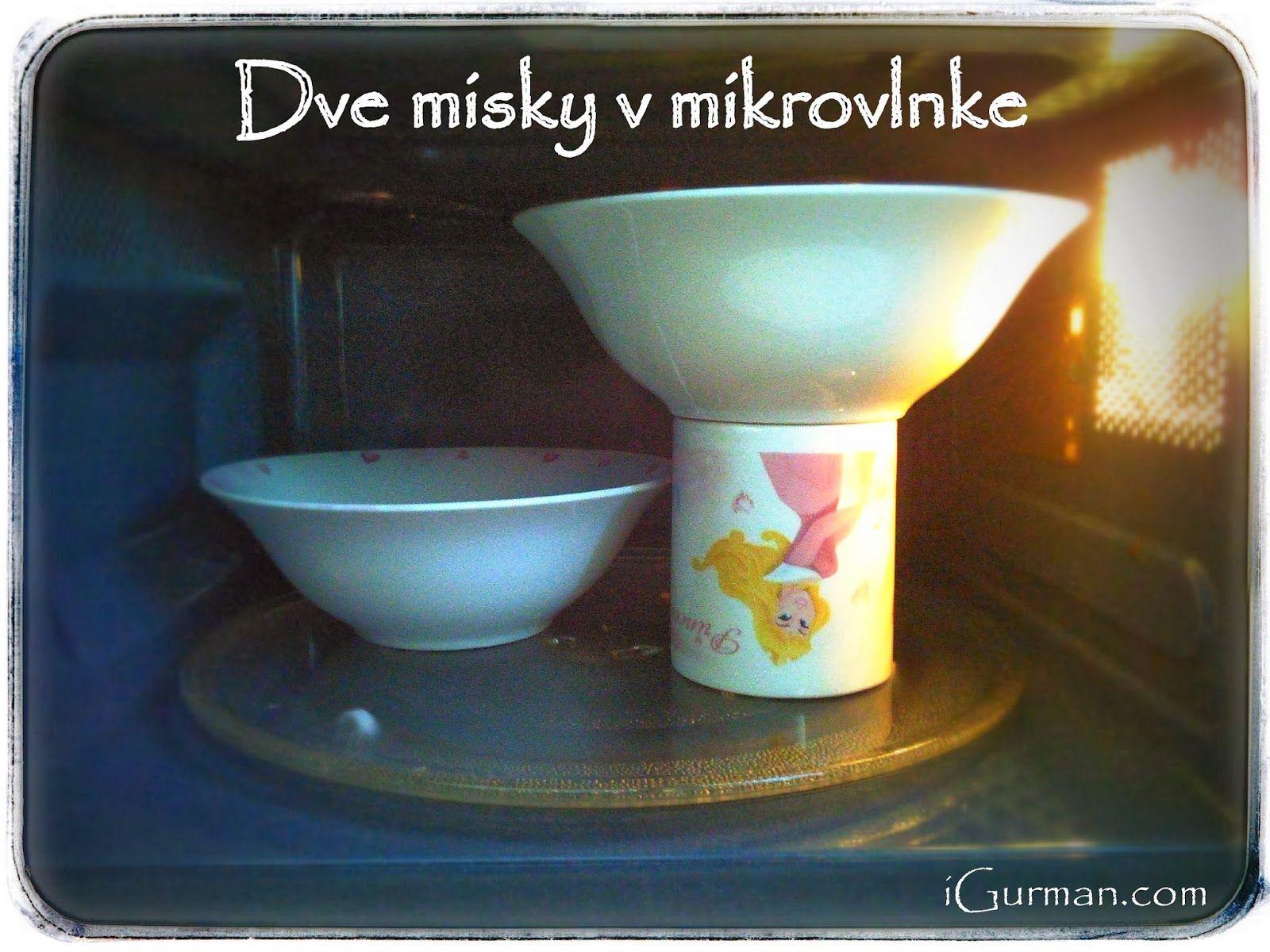 Ako vyčistiť mikrovlnku, alebo Ako ohriať dve nádoby v mikrovlnke naraz?  Aj mikrovlná rúra potrebuje občas očistiť. Nechcete používať chemické prípravky aby sa výpary nedostali do potravín.