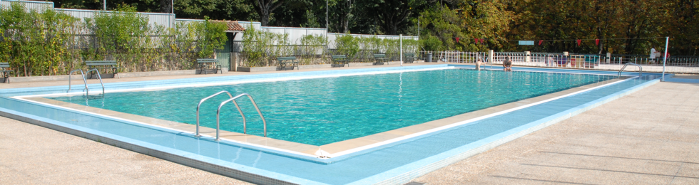 Ascoberturas para piscinas - Ascoberturas para piscinas eliminam em grande parte a manutenção da piscina, limitando a utilização dos produtos de tratamento.