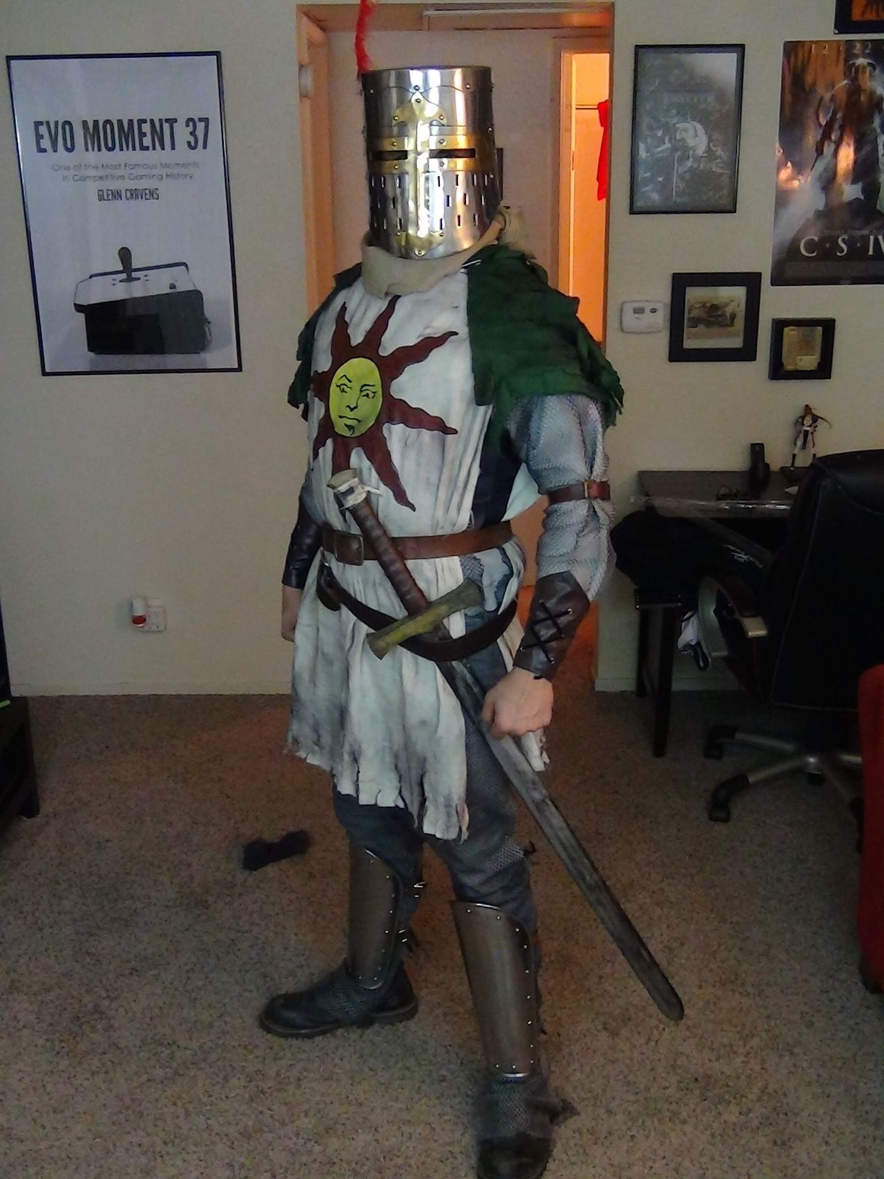 Dark Souls Solaire Cosplay With Images Dark Souls Solaire