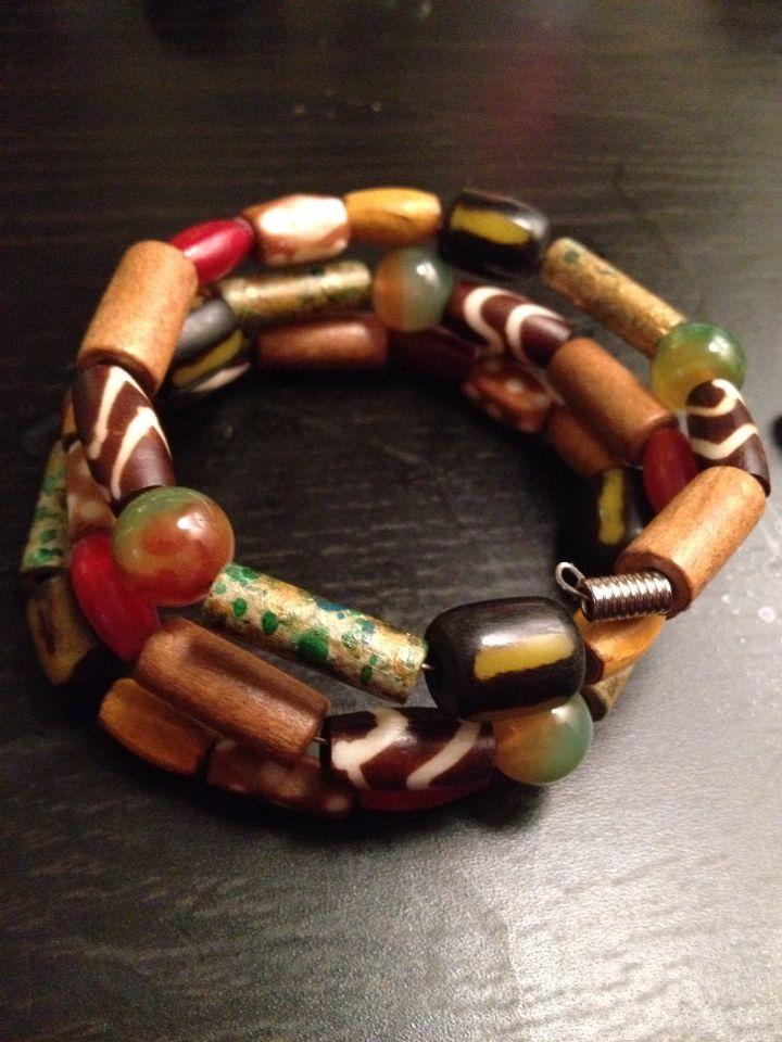 Agate, wood and bone bracelet.