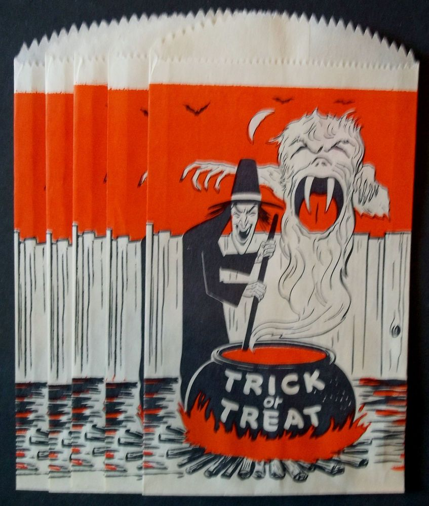DEAD MINT { 5 } WITCH MONSTER Vintage PAPER Halloween Candy TREAT BAGS Sacks