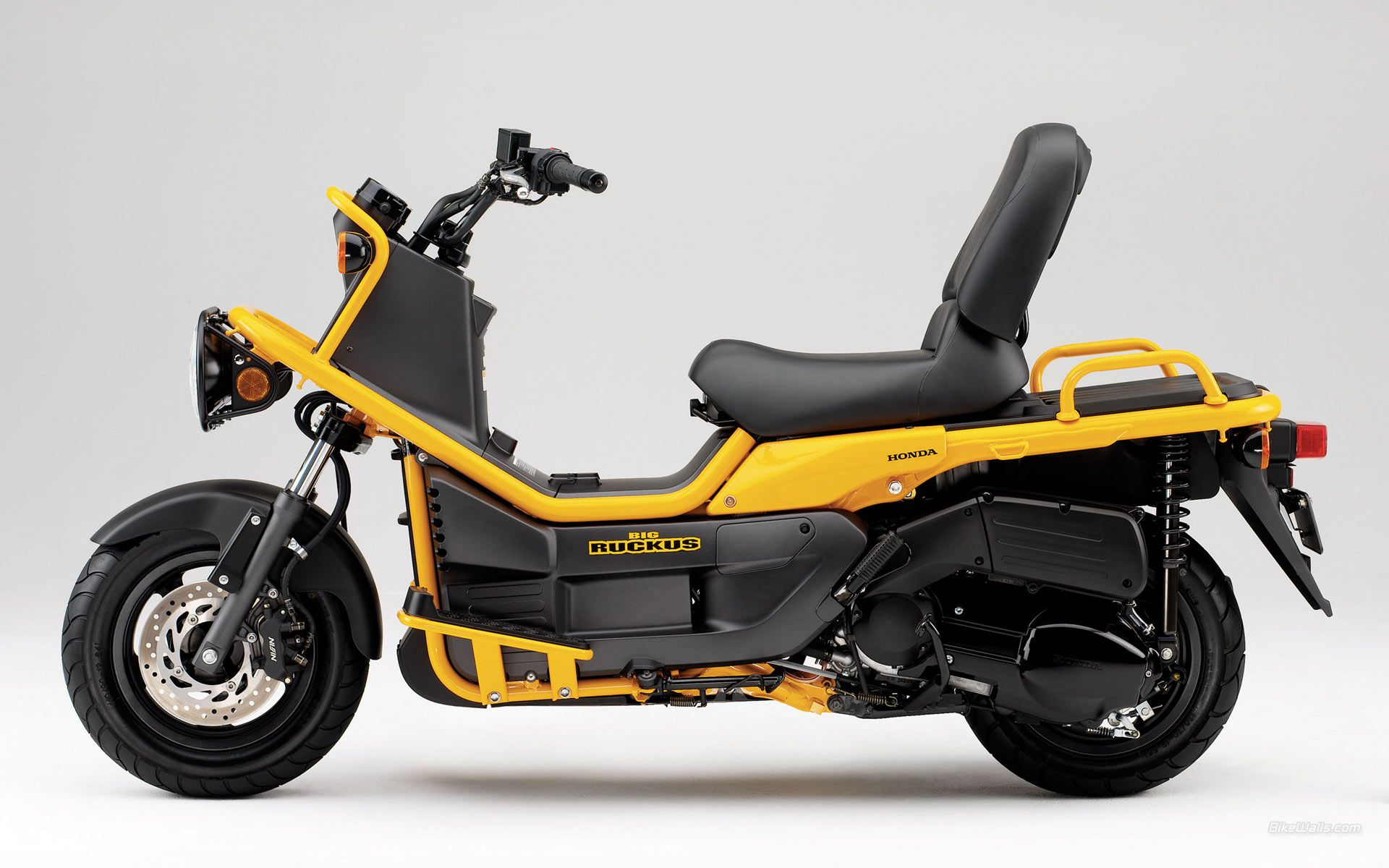 honda zoomer scooter neo pinterest scooters honda and honda motors. Black Bedroom Furniture Sets. Home Design Ideas