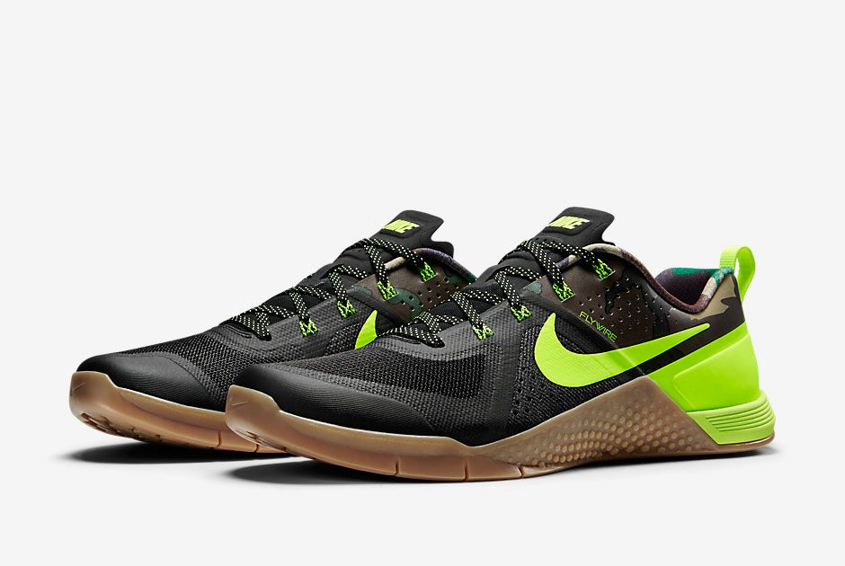 Two New Nike Metcon 1 Releases Are Coming in April - SneakerNews.com