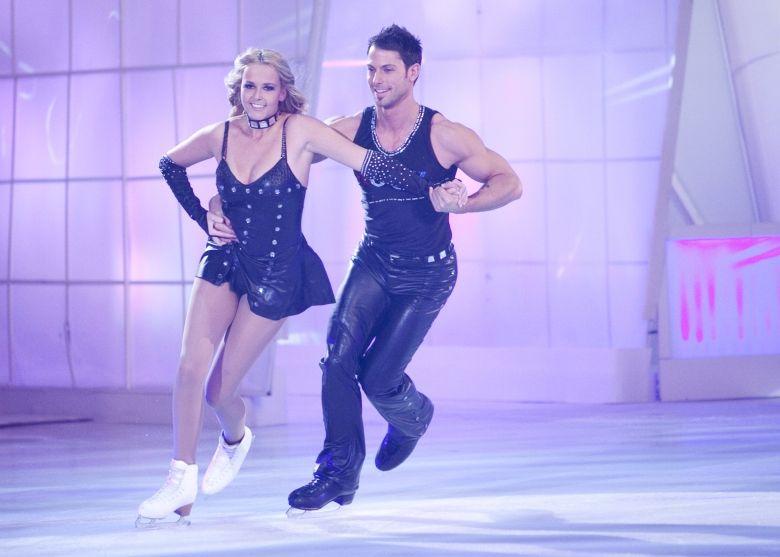 Foto's: Sterren Dansen op het IJs: Monique Smit (Show 2) - Sterren Dansen op het IJs - SBS6