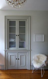 Luxury Built In Hallway Cabinet