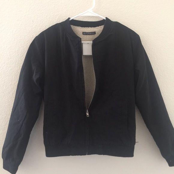 Brandy Melville fur lined kasey bomber jacket NWT Brandy Melville Jackets & Coats